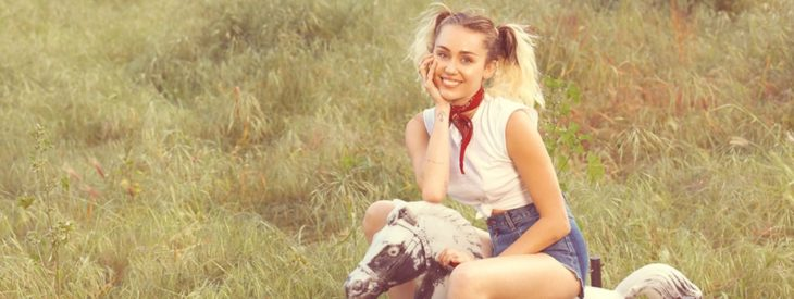 Malibu Video by Miley Cyrus; aka: Guess What's Stuck in Mike's Head!